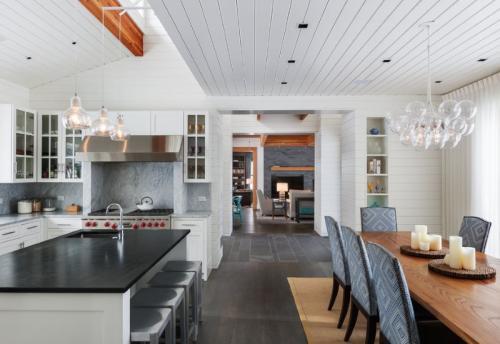Можно ли кухню обшить пластиковыми панелями. Дизайн кухонного помещения с ПВХ панелями (подборка фото)