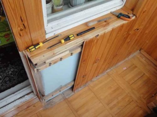 Лавочка на балкон. Скамейка на балконе из ДСП своими руками (пошаговая инструкция)