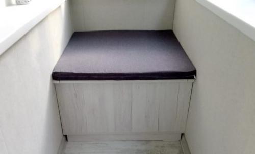 Сундук своими руками на балкон. Диван на балкон с ящиком для хранения: функциональная мебель-сундук
